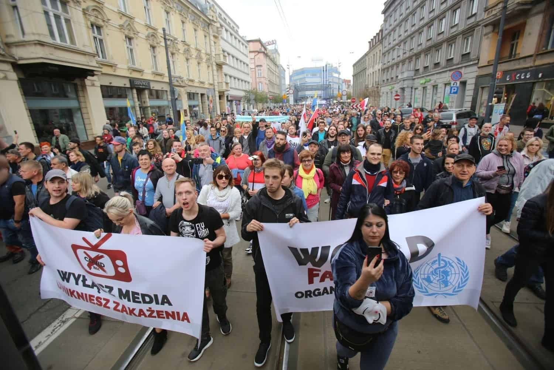 Протест «антиковидовцев» в Катовице